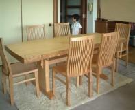 神戸市H様邸栓一枚板テーブル